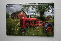 Blechschild Nostalgie Traktor Traktor vor Scheune